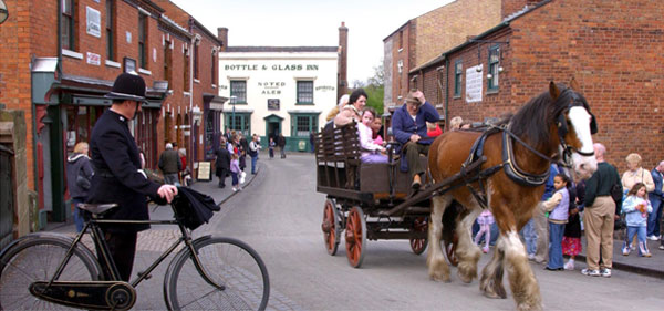 Combine Cousins Dudley Store Visit with Black Country Living Museum